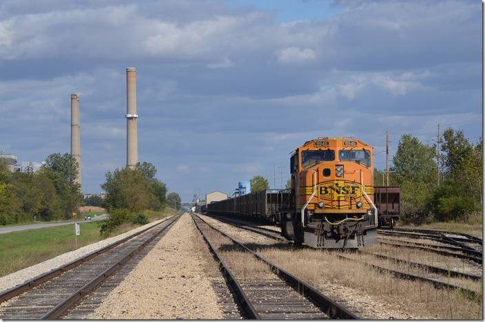 BNSF 9946 Ellis IL. The coal transfer building is in the background.