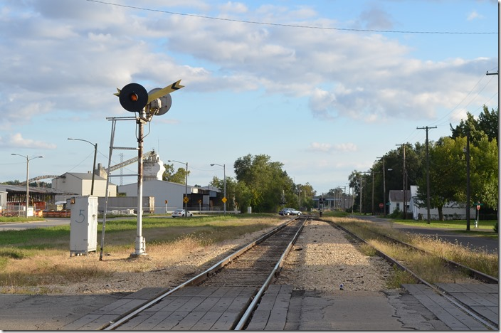 Looking south. I&M signal Springfield IL. View 4.