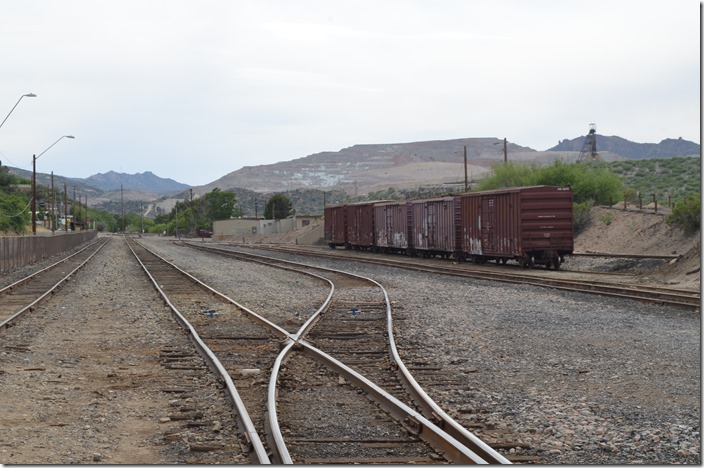 AZER yard from the northeast end. Those brown metal buildings on the right are the railroad's. Miami AZ.