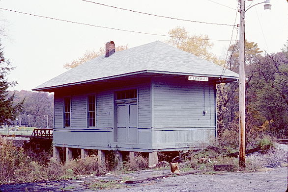 Former B&O depot and train order office at Allingdale, W.Va. Oct. 24, 1986. View 3.