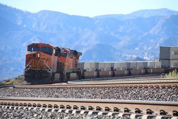 BN-SF 6859, a GE ES44C4, and BN-SF 7697, a GE ES44DC, are providing dynamic braking as their train descends down the west slope of Cajon Pass.