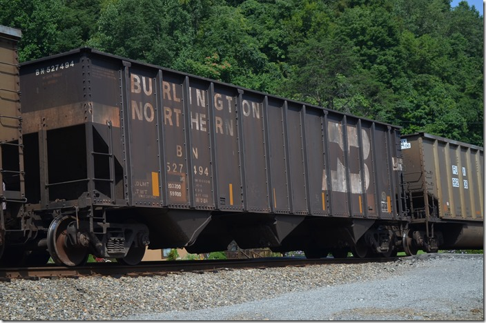 BN hopper 527494 has a load limit of 203,200 lbs and 4000 cubic feet. Built by Pullman-Standard. Wagner KY. 07-26-2015.