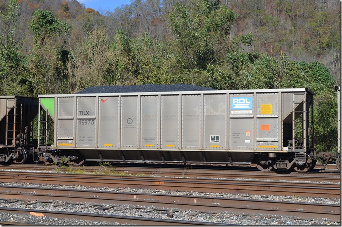 TILX hopper 49975 was built by Trinity 12-2008 and has a volume of 4323 cubic feet. Shelby KY.