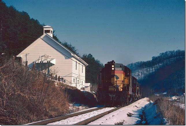 C&O 6021 et al stopped briefly at Collista KY on Dawkins SD. 02-1979. Right-of-way is now the Dawkins Rail Trail. Dawkins Middle Crk SD.