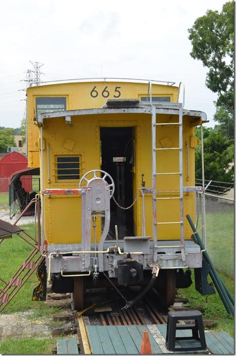C&O 90665 Caboose. Huntington.