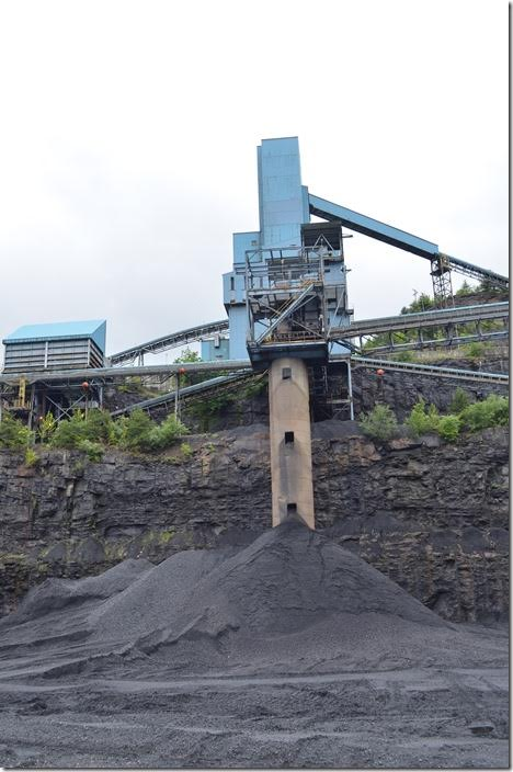 Stacking tube at Premier Elkhorn. Coal for different customers can be stored in separate stockpiles.