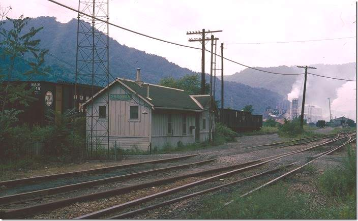 Penn Central's DB Tower train order office just east of Alloy. This is the junction with N&W (former VGN).
