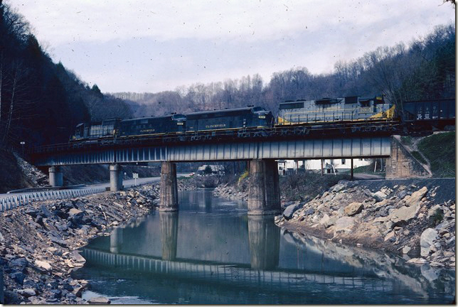 CRR 3006-200-800-2005 head #26 s/b over the McClure River at Clinchco. 04-02-1978.