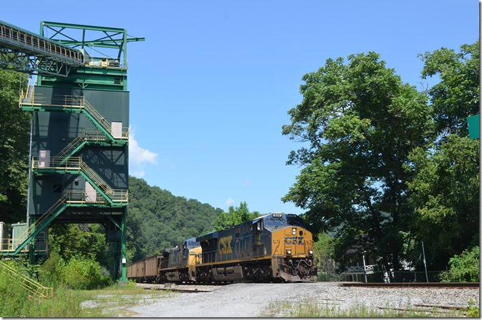 CSX 844-211 accelerate s/b N312-03 with 107 DKPX (Duke Energy) loads past the inactive load-out at Levisa Jct.