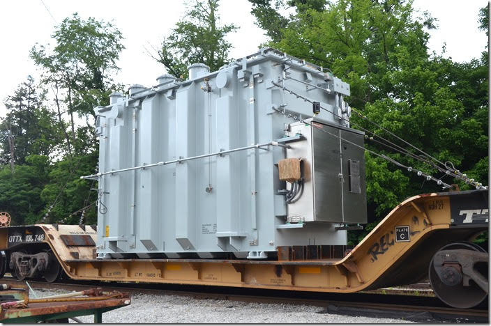 This substation transformer was manufactured by Prolec-GE, presumably in Mexico. It was parked here for a few days before being unloaded. QTTX flat 130748. View 4. Shelby KY.