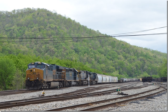 CSX 3323-8016-335-3054 on Q692-29 at Shelby KY on 05-01-2020.