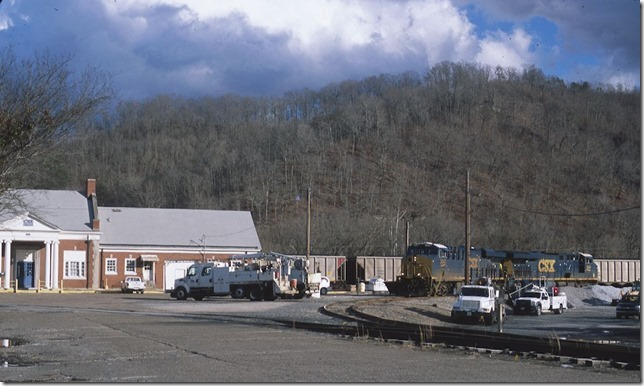 CSX 3043-844 are parked on the east leg of the wye at the former Paintsville depot. 1-11-2014.