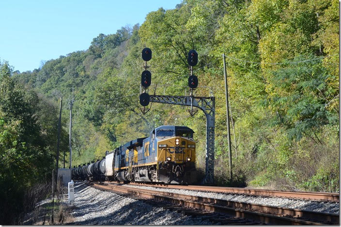 No, CSX doesn't run ethanol trains every day on Big Sandy, but if the motive power is unusual and the weather is good I'll go after one. CSX 91-820 have w/b K446-17 with 80 tanks and two buffers passing the East End of Pauley on 10-19-2018.