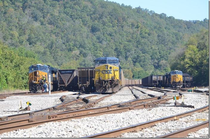 Q697-23 swaps crews. The Kingsport crew gets off, and the Russell crew gets on. 09-24-2017. CSX 3358 - 459. Shelby.