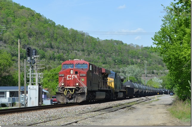 Empty ethanol train K446 heads west at Betsy Layne behind CP ES44AC 8732-CSX 156. Engineer Bryan Pleasant has 80 empty tank cars and two idler cars.