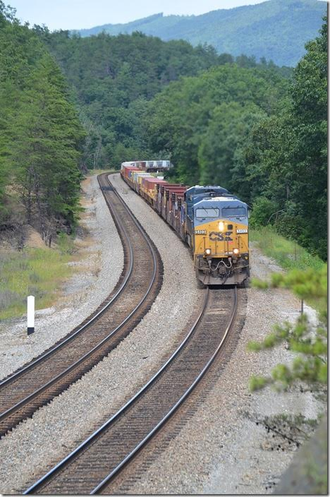Coming home on Sunday, 08-2-2015, L135 was arriving Clifton Forge. The outbound crew was called for 2:10 PM. I grabbed a quick lunch at Hardees and proceeded on up to Moss Run. L135-01 (an alternate schedule to Q135) slowly moved up the hill with 408 axles behind CSX 5403-7302. Moss Run.