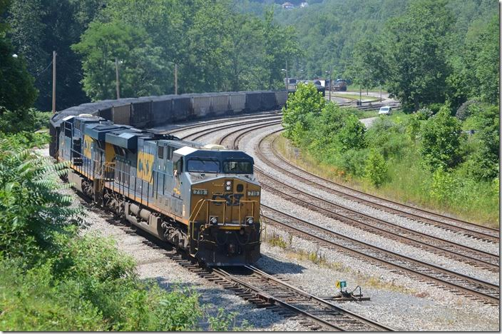 T051-24 (Bailey Mine, PA to Mt. Storm MD power plant) is on the move again. CSX 719-720. Grafton WV.