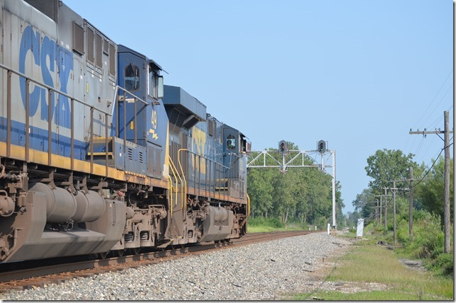 CSX 5282-49 with w/b T909-19