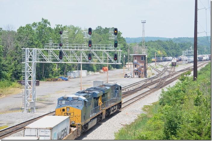 There's the flash. Approach the next signal (Evits Creek or West Hump) at limited speed. CSX 3046-3143. Mexico MD. View 3.