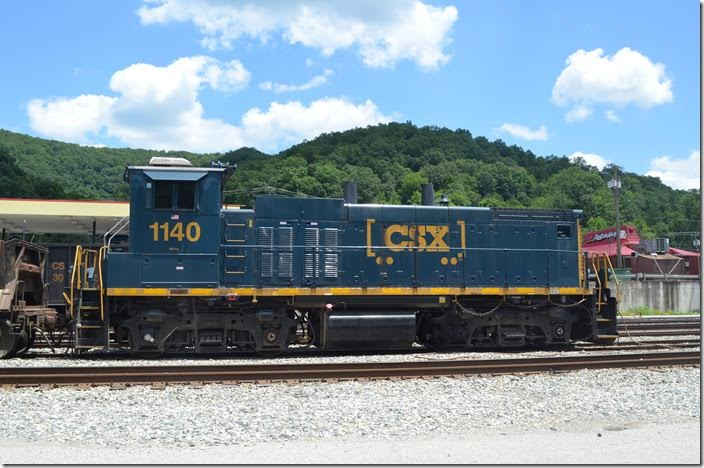 "A switcher made like a road-switcher. An ""oldie-but-goodie."" CSX MP15 1140. Danville WV."