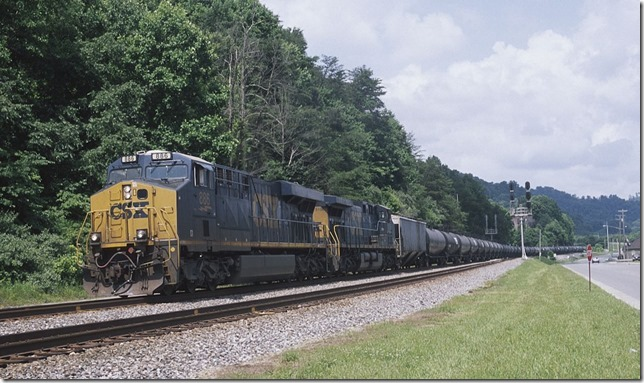 CSX 886-5106 on e/b loaded ethanol train K429 at the East End Pauley near Pikeville.