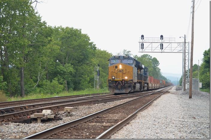 Q136-27 was leaving Cumberland as we were, but we beat him to Green Spring. Today's single stack train (North Baltimore OH to Portsmouth VA) has CSX engines 3354-5373. Green Spring WV.