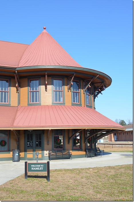 Hamlet is also a stop for Amtrak's Silver Star, but it is late at night or early in the morning. Hamlet Depot & Museum.