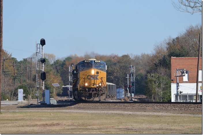 CSX 858-378 come south out of the yard and head east toward the Wilmington SD. This is rock train K759 (Sanford, NC – Wilmington). Hamlet NC.