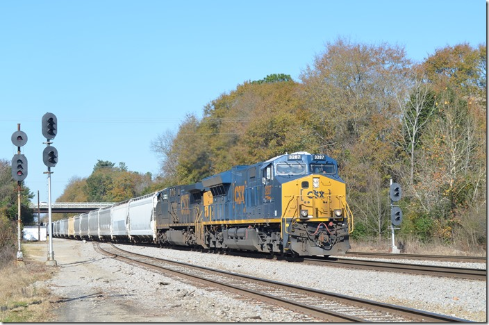 CSX 3287-566 arrives e/b at Raleigh Street with F453-07 (Hamlet-Dillon-Cheraw Turn) and will be heading north into the yard. Hamlet NC.
