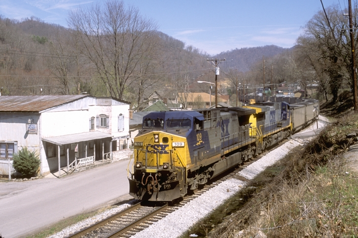 C821-21 still on the Clover Fork Branch, he rolls into Harlan.
