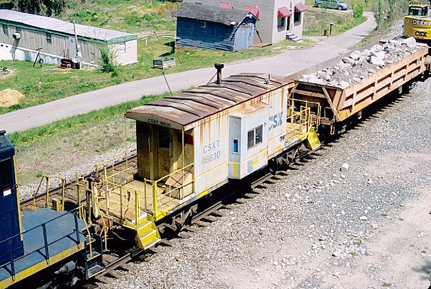 Another view of caboose 16630.