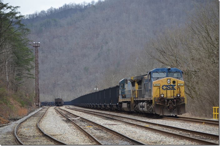 CSX 267-7584. U903-31 parked on the main at the east end of Shelby.