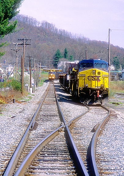 CSX 876-667 are leaving town for Meadow Creek.