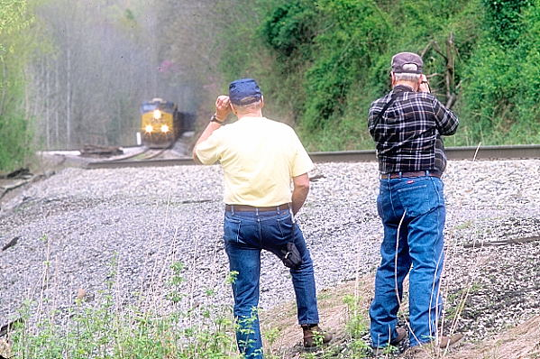 Ron Piskor (left) and Bob Jackson (right) capture the operation for posterity.