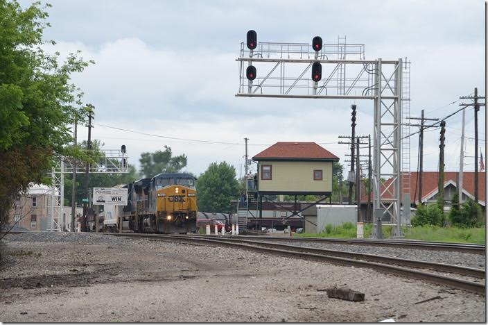 You can see just about anything at Marion. CSX 7893-4828 power NS freight M16-19 (Chattanooga-Bellevue) with 18 lds/122 mtys on the Sandusky District. Marion OH.