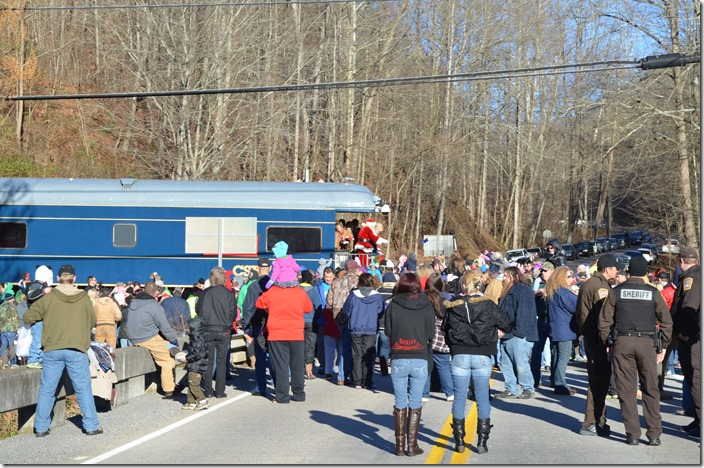 As the morning warmed up, the crowd got larger at each scheduled stop. CSX Santa Train Clinchco VA.  View 4.