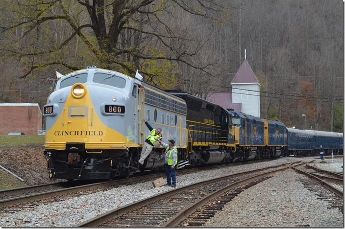 The crew gets lunch. CSX engineer and railfan T. King was the engineer.