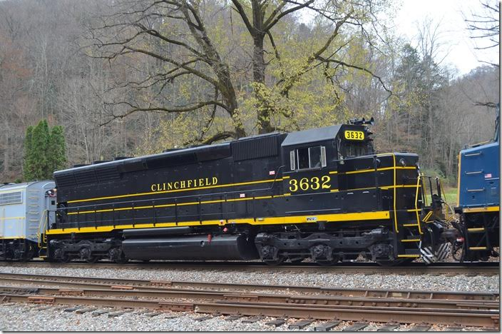SD45 3632 was never Clinchfield, but her sisters at SCL were. Parent SCL traded seven SD45s for Clinchfield's seven non-EMD U36Cs, as Seaboard Coast Line had numerous General Electrics.