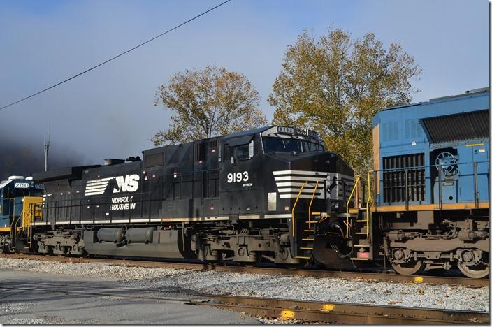 NS Dash 9-44CW #9893 has been upgraded to 4,400 HP. Shelby.