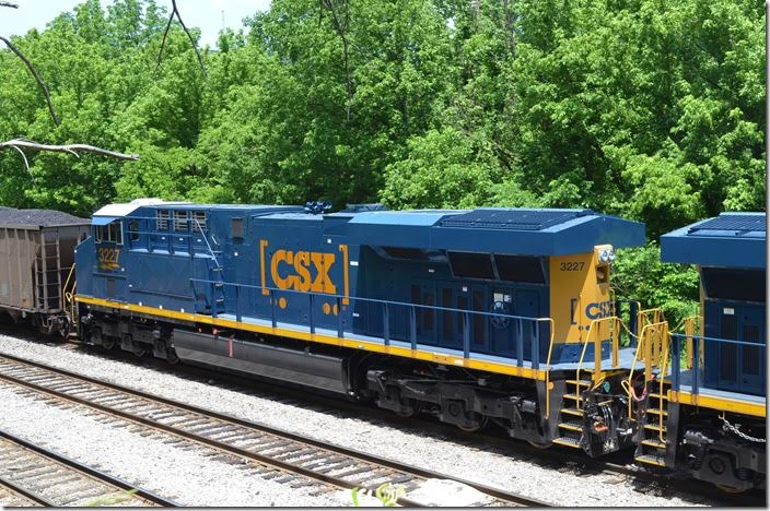 CSX ES44AC 3227. Shelby. View 3.