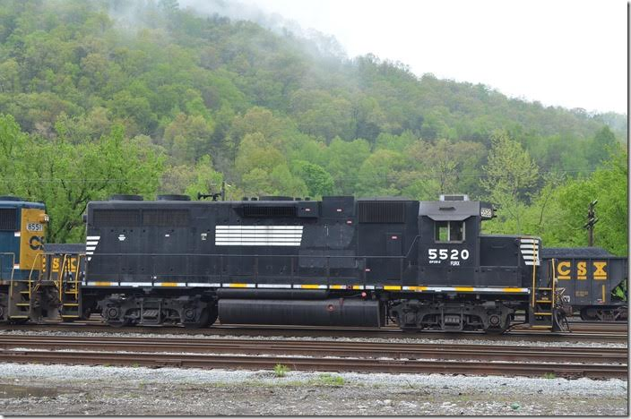 FURX GP38-2 5520. Shelby. View 2.