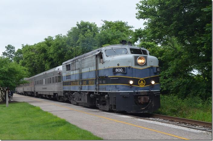 The southbound train arrives Akron on time at 2:30 PM. B&O 800 Akron OH.