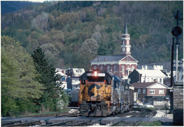 1991. Chessie 6121. At Cumberland MD, in town.