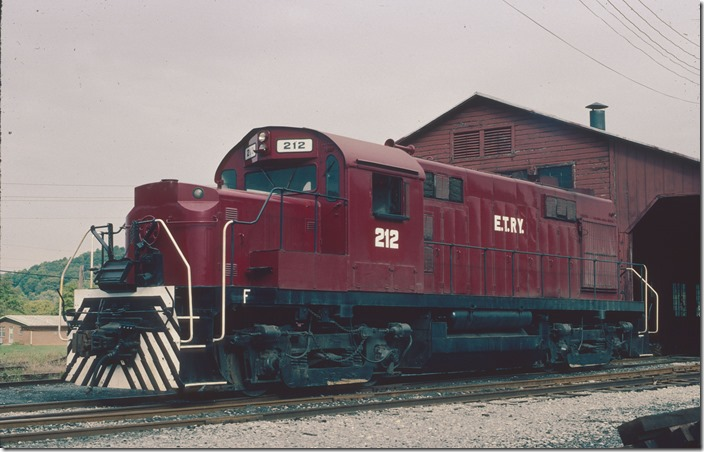 Mac Connery took this shot of RS-32 212 in Johnson City TN on 10-03-1985. By this time the ET&WNC was called the East Tennessee Ry., which it is today. The rayon mill at Elizabethton closed in 2000 after a disastrous fire.