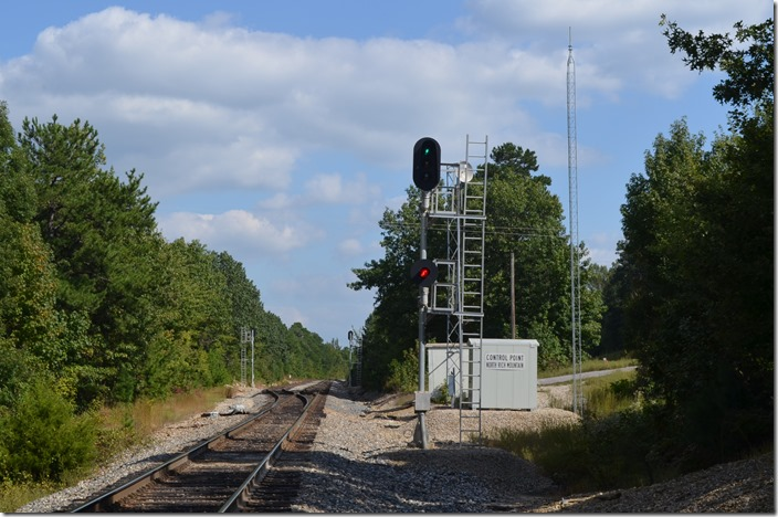KCS clear signal at the north end of Rich Mt AK passing siding.