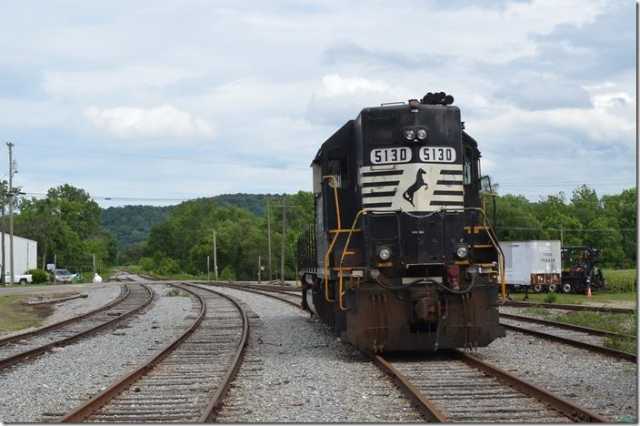 NS 5130 GP38-2 is parked on former Detroit, Toledo & Ironton track in Waverly OH. The connection with the former N&W at Glen Jean is around the curve in the distance. 06-17-2015.