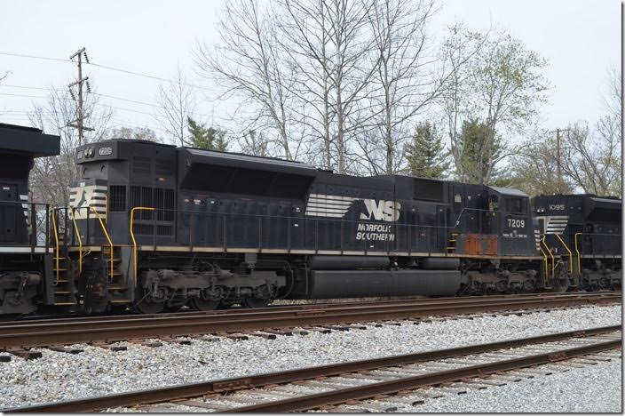 Ex-Conrail SD80MAC 7209 was used on the South Fork Branch in PA after NS took over. NS SD80AC 7209 Middlesboro KY.