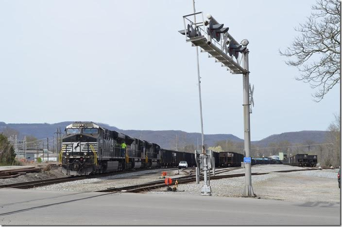 The crew is done for the day, but the engines are left idling. NS 8005 Middlesboro KY.