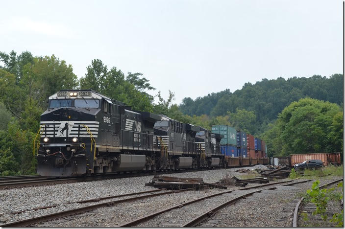 On the way home, Sunday 08-26-2018, I detoured out to Blue Ridge again. Again good luck! I heard an eastbound approaching in the distance. NS 9926-8057-9392 struggled up the steep grade with 184 wells on 236-25 (Columbus-Rickenbacker to Norfolk). This was the same train I had shot on the 22nd. The quarry no longer loads by rail. A short section of their spur is used by those maintenance gons. Blue Ridge VA.