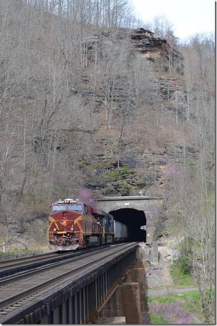 The engineer had 826 really rollin' up the Tug, but we managed this shot at Roderfield Tunnel. NS pusher 8102-8147. Roderfield.